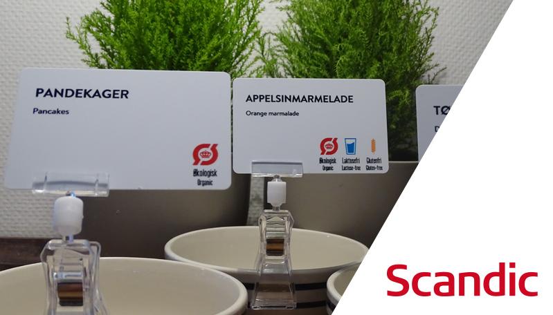 Scandic-hotellerne printer nu selv skilte til morgenmadsbuffeten